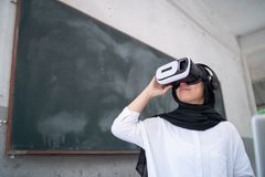 Free Student Wear VR Royalty Free Stock Photo - 116926225