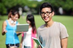 Studentdiversiteit op universitaire campus Stock Foto