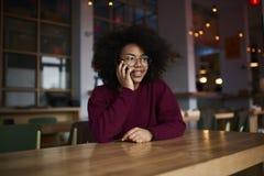 Studente afroamericano emozionale della scuola di commercio Fotografie Stock Libere da Diritti