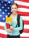 Studente con i libri e la cartella Fotografia Stock Libera da Diritti