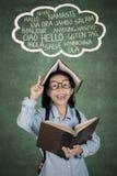 Studente con la lezione di lingua sopraelevata Fotografie Stock Libere da Diritti
