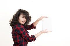 Studente della giovane donna che sorride con il libro Fotografia Stock