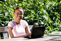Studente di college dell'afroamericano Fotografie Stock Libere da Diritti