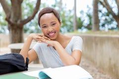 Studente di college femminile africano Fotografia Stock