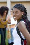 Studente di college femminile On Campus Fotografie Stock Libere da Diritti