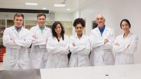 Studente di medicina e conferenziere che sorridono alla macchina fotografica Fotografia Stock