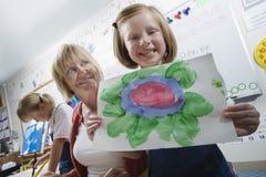 Studente elementare Showing Painting Immagine Stock Libera da Diritti