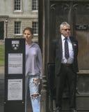 Studente en beheerders op universiteit van Cambridge royalty-vrije stock foto