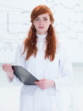 Studente nel laboratorio di chimica Immagine Stock