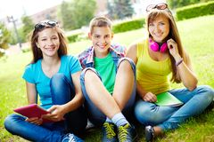 Studenten an der Freizeit Lizenzfreie Stockfotografie