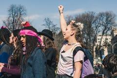 Studenten die de Internationale Dag van Wome vieren ` s Stock Afbeeldingen