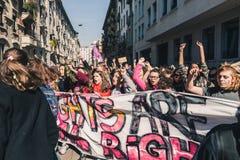 Studenten die de Internationale Dag van Wome vieren ` s Royalty-vrije Stock Afbeeldingen