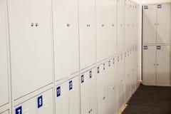 Studenten-Gym Lockers University-Schulcampus-Hallen-Lagerschrank-College Raum Kabinette in a an oder im Museum Lizenzfreie Stockfotografie