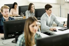 Studenten im Klassenzimmer Lizenzfreies Stockfoto