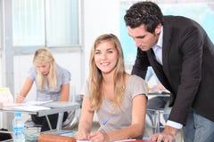 Studenten in klaslokaal Stock Foto