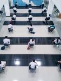 Studenten nehmen die Prüfung Lizenzfreies Stockfoto