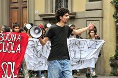 Studenten op staking tegen de overheid in Italië Stock Afbeeldingen