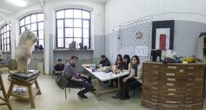 Studenten van Art Academy in Zagreb, Kroatië Stock Foto