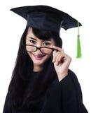 Studentenmeisje in een academische toga Stock Afbeeldingen