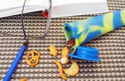 Studentensnack, verschillende noten in siliconebuis Royalty-vrije Stock Afbeelding