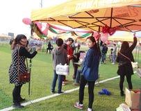 Studenter firar det nya året Fotografering för Bildbyråer