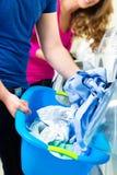 Studenter i en tvätteri Arkivbild