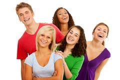 Studenter: Mång--person som tillhör en etnisk minoritet grupp av att skratta tonår royaltyfria foton