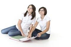 Studenter som är klara för examen Arkivfoton