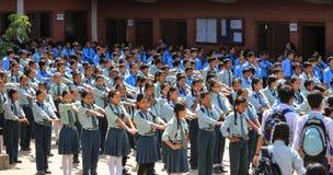 Studenterna i Nepal Arkivfoton