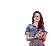 Studentessa con un computer portatile nello studio Fotografia Stock Libera da Diritti
