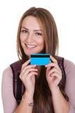 Studentessa Holding Credit Card fotografie stock