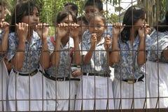studenti che aspettano l'evento Immagini Stock