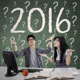 Studenti confusi con i numeri 2016 Immagine Stock Libera da Diritti