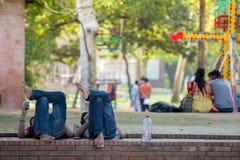 Studenti di belle arti FFA dell'università di Dacca Immagine Stock