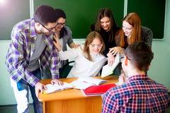 Studenti di college su una conferenza Fotografie Stock