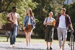 Studenti multiculturali felici Fotografia Stock Libera da Diritti