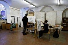 Studenti in officina di arte di St Petersburg e dell'accademia di industria Immagine Stock Libera da Diritti