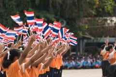 Studenti tailandesi che partecipano la cerimonia di 100th aniversary di Fotografie Stock Libere da Diritti