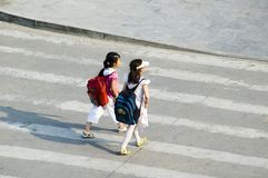 STUDENTS CROSSING STREET Stock Photos
