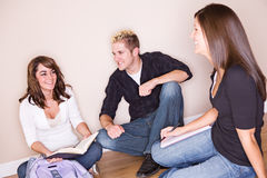 Students: Frends Hanging Out and Studying Royalty Free Stock Photography