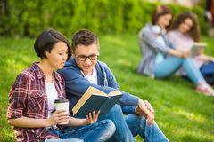 Students outdoors Royalty Free Stock Photography