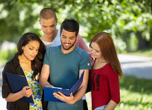 Students studying outside Stock Photography