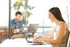 Students studying in an university campus Royalty Free Stock Photography