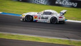 Studie BMW Z4 av BMW sporttrofén Team Studie i GT300 springer på Royaltyfria Bilder