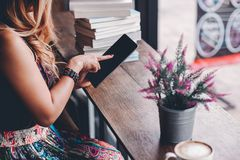 Studie für Wissen las Bücher in der Bibliothek stockfotos