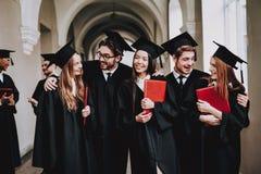 Studie zusammen Gute Stimmung Haben Sie Spaß Freundschaft stockbilder