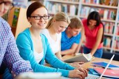 Studieren in der Bibliothek Lizenzfreies Stockfoto