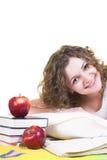Studieren im Bett Lizenzfreie Stockfotografie