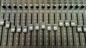 Studio - arbetsplats, ljudutrustning, radio, belysningsutrustning, royaltyfria bilder