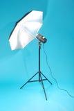 studio d'isolement bleu de signal d'échantillonnage de fond Images stock
